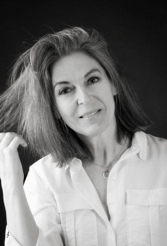 Photo de profil Facebook, Linkedln, Portrait professionnel, chef d'entreprise, femme